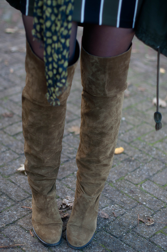 RED REIDING HOOD: Fashion blogger wearing olive suede topshop control over the knee boots outfit details