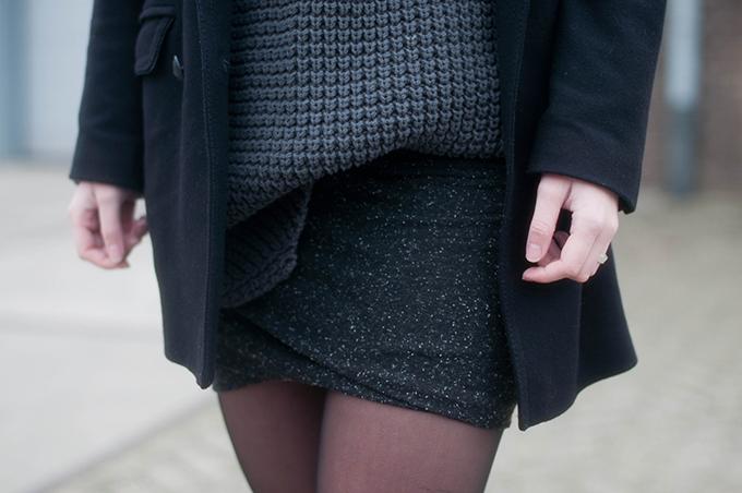 RED REIDING HOOD: Fashion blogger wearing heavy knit jumper chunky knitwear hope grand sweater alexander wang twist skirt modstrom outfit details