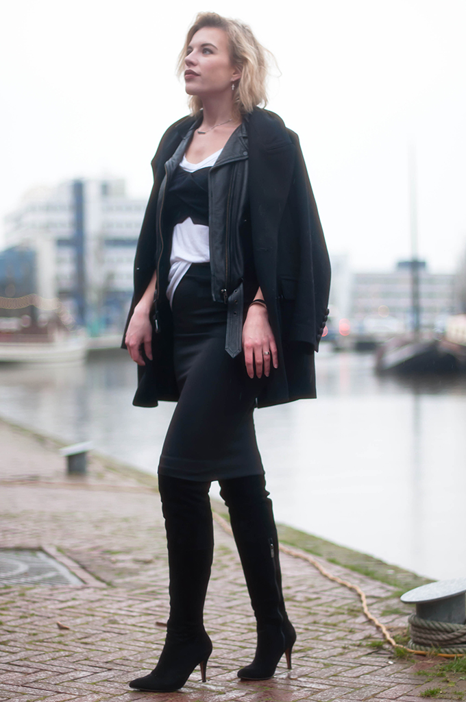 RED REIDING HOOD: Fashion blogger wearing bustier on top of T-shirt street style pencil skirt over the knee boots outfit leather jacket