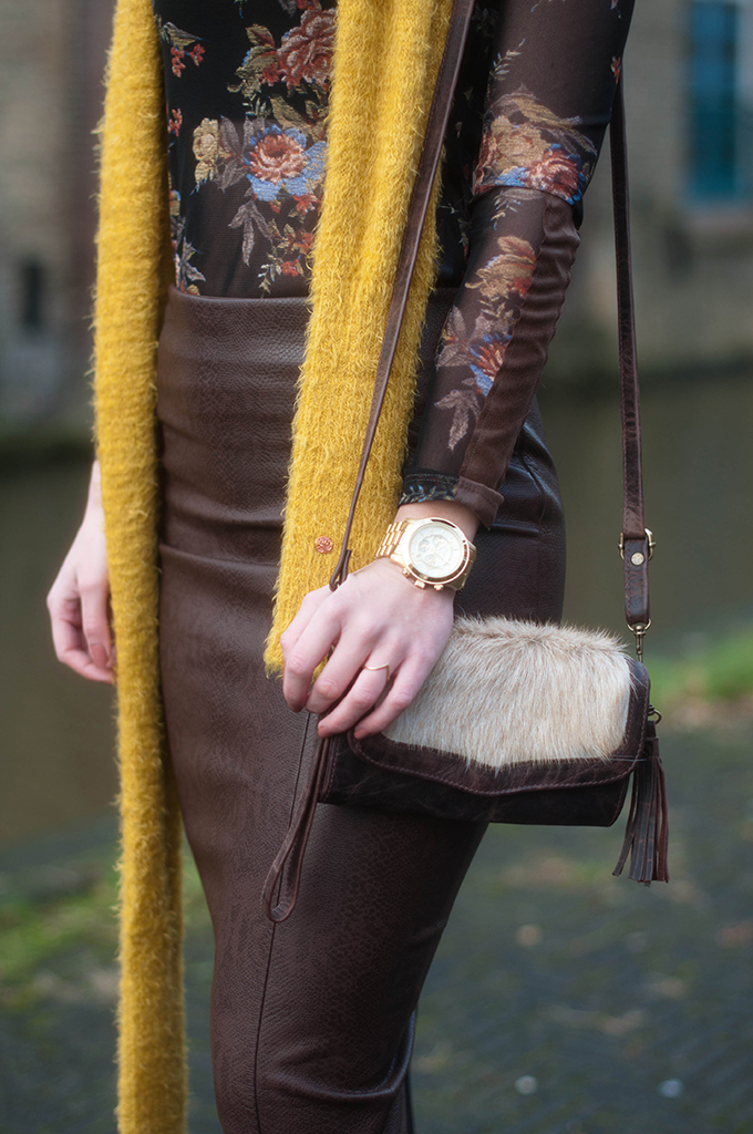 RED REIDING HOOD: Fashion blogger wearing python pencil skirt floral top mustard yellow scarf outfit detail gold michael kors watch