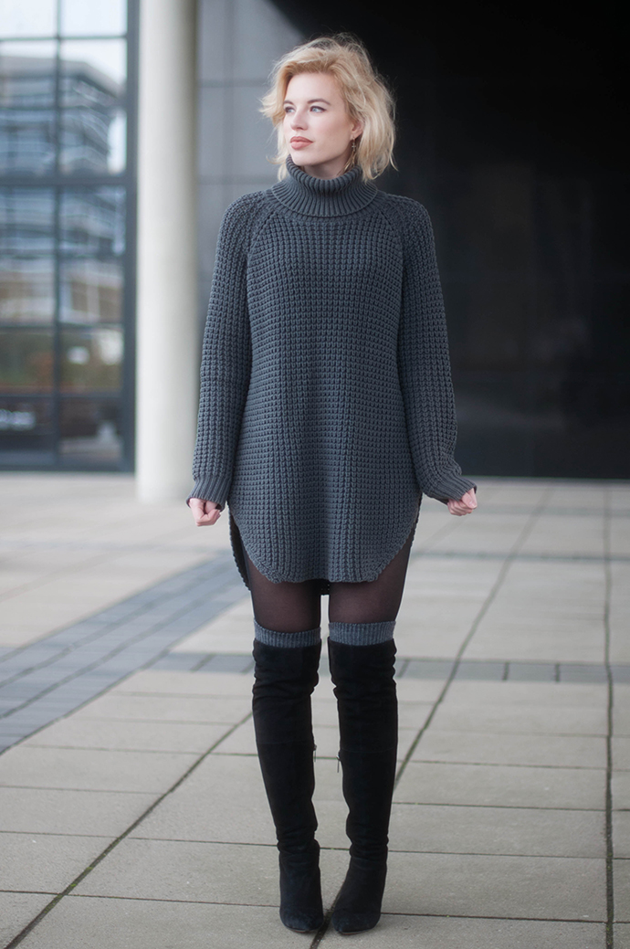RED REIDING HOOD: Fashion blogger wearing duo boots vespa otk boots over the knee socks outfit hope grand sweater turtleneck dress