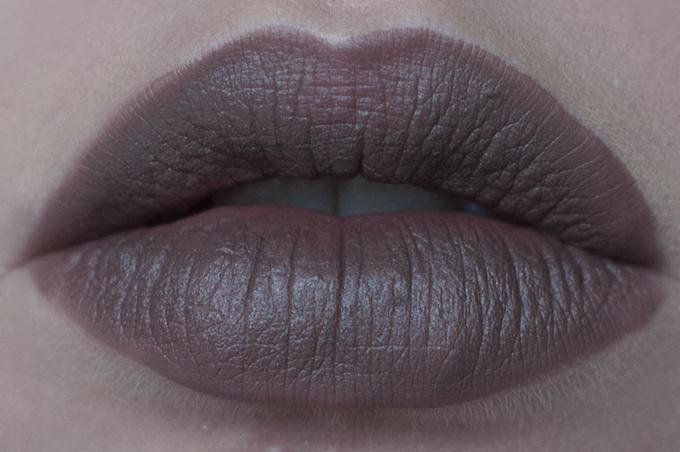RED REIDING HOOD: Beauty blogger review MAC stone lip pencil viva glam rihanna 2 lip stick swatch lips frontal view lip combo