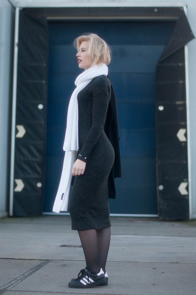 RED REIDING HOOD: Fashion blogger wearing Adidas superstar sneakers street style grey knitted midi dress outfit white scarf
