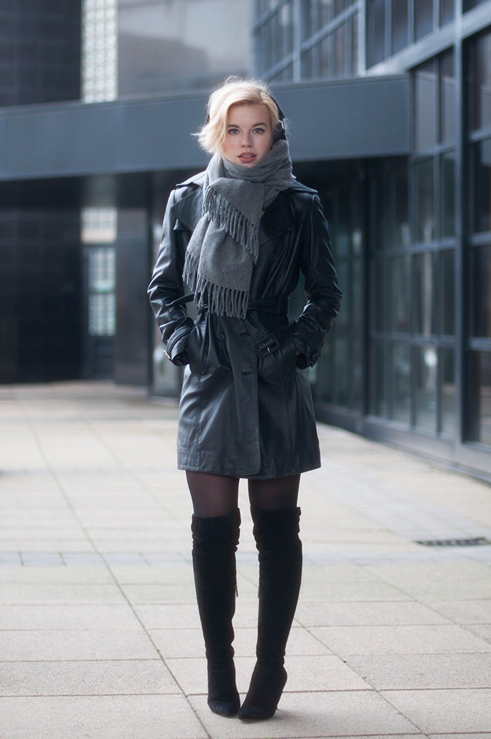 RED REIDING HOOD: Fashion blogger wearing over the knee boots duo boost vespa otk street style leather trench coat mac outfit acne studios canada wool scarf