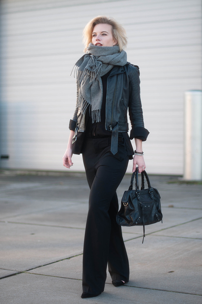 RED REIDING HOOD: Fashion blogger wearing all black everything outfit slouchy suit pants Zara pointy court shoes acne studios canada wool scarf