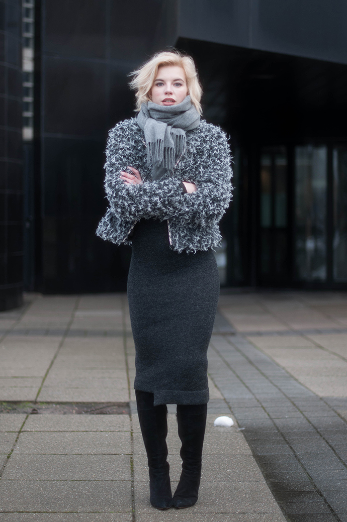 RED REIDING HOOD: Fashion blogger wearing fluffy fur jacket acne studios canada wool scarf grey knit midi dress zara outfit over the knee boots duo vespa