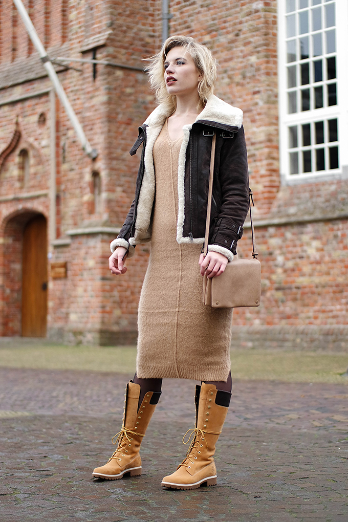 RED REIDING HOOD: Fashion blogger wearing Asos midi mohair dress beige nude street style timberland 14 inch lace up boots outfit leather aviator jacket