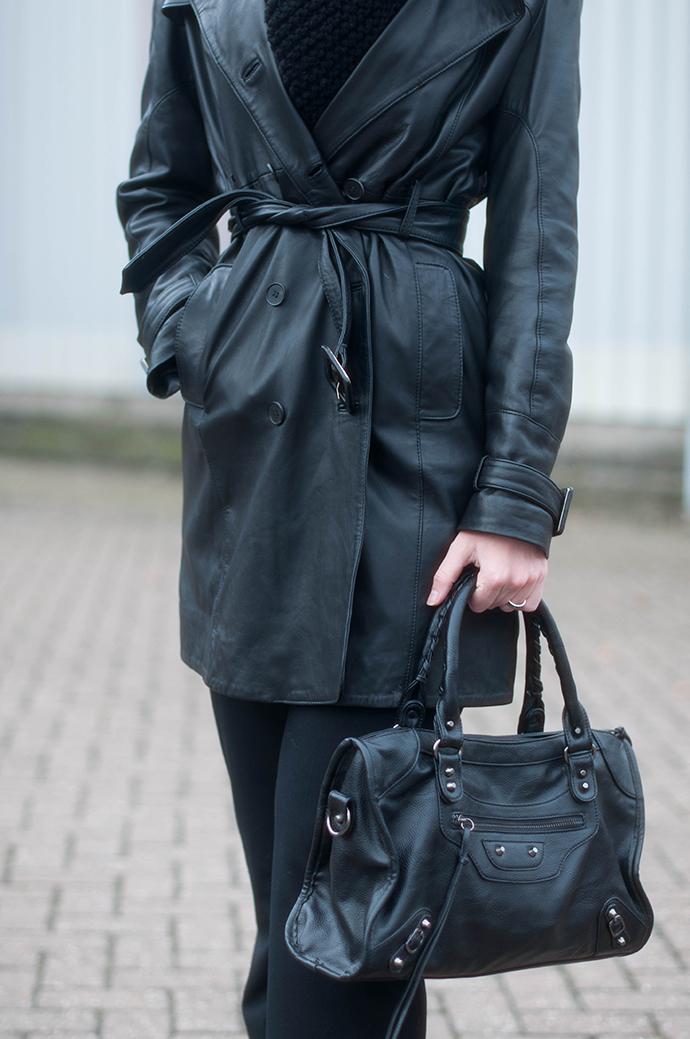 RED REIDING HOOD: Fashion blogger wearing black leather trench coat mango outfit details balenciaga motorcycle bag KO