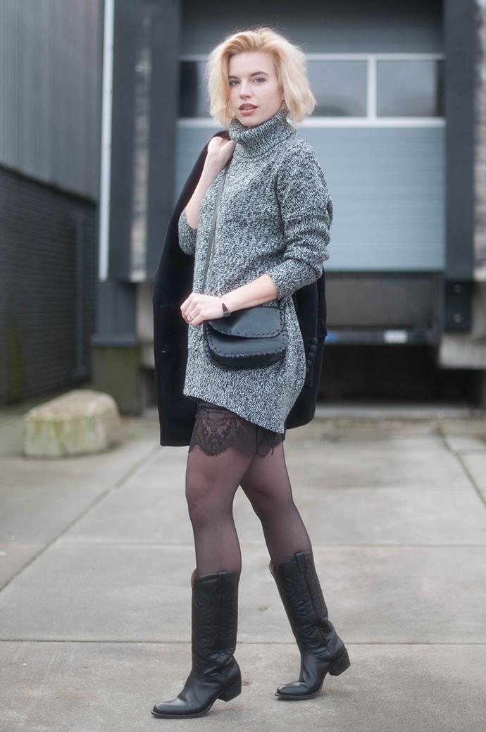 RED REIDING HOOD: Fashion blogger wearing grey melange knit dress oversized turtleneck outfit lace dress cowboy western sendra boots