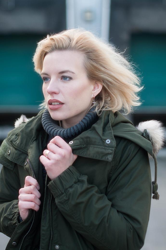 RED REIDING HOOD: Fashion blogger wearing hope grand sweater turtleneck outfit details monki parka coat