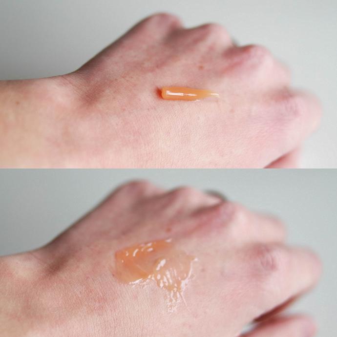 RED REIDING HOOD: Beauty blogger review Elizabeth Arden Eight Hour Cream dry hands swatch
