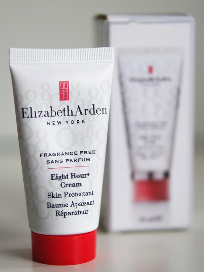 RED REIDING HOOD: Beauty blogger review Elizabeth Arden Eight Hour Cream dry skin flaky skin face