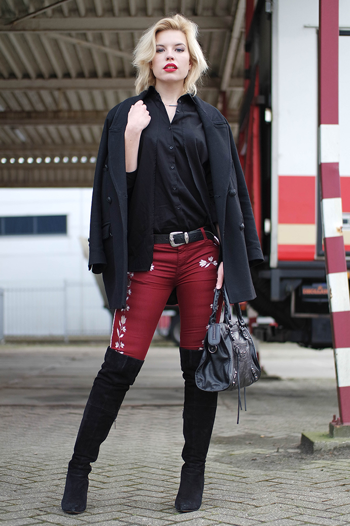 RED REIDING HOOD: Fashion blogger wearing embroidered pants isabel marant monroe western cownboy outfit over the knee boots