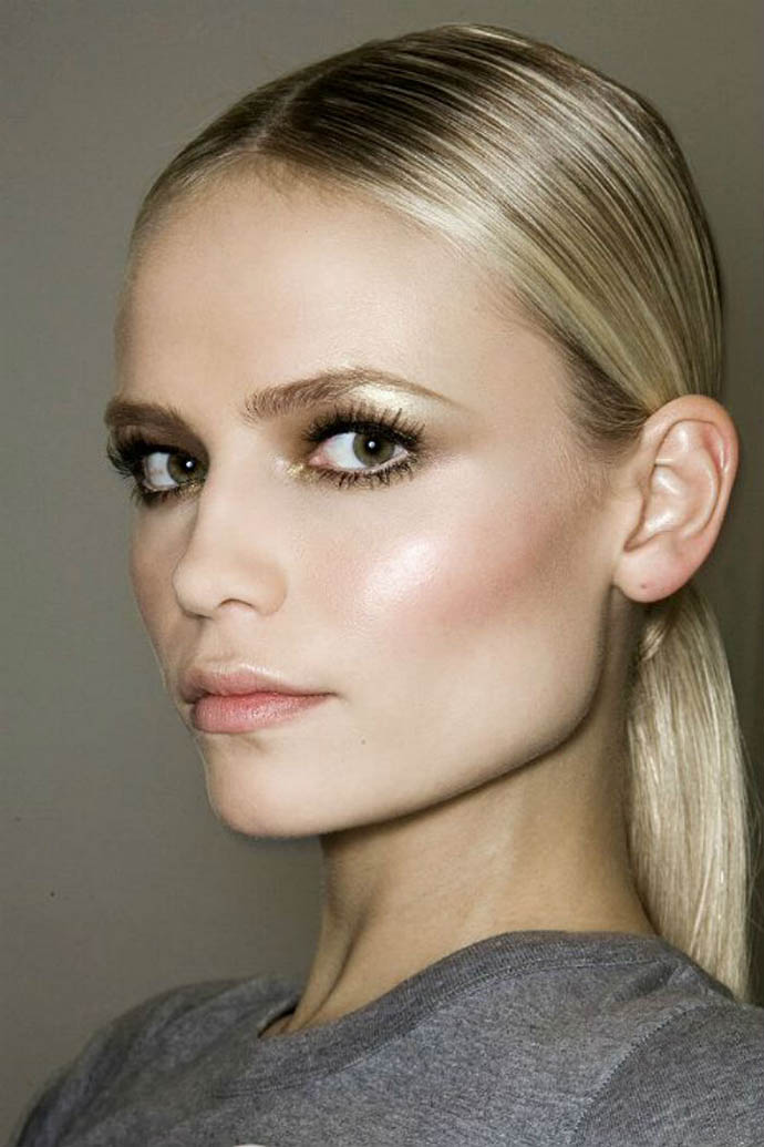 RED REIDING HOOD: Beauty blogger luminous dewy skin inspiration make up tutorial