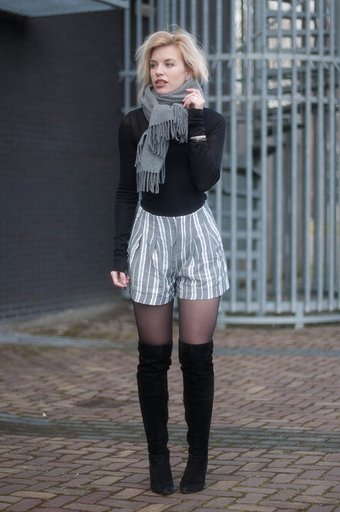 RED REIDING HOOD: Fashion blogger wearing over the knee boots duo boots vespa acne canada wool scarf turtleneck high waisted stripe print shorts zara outfit