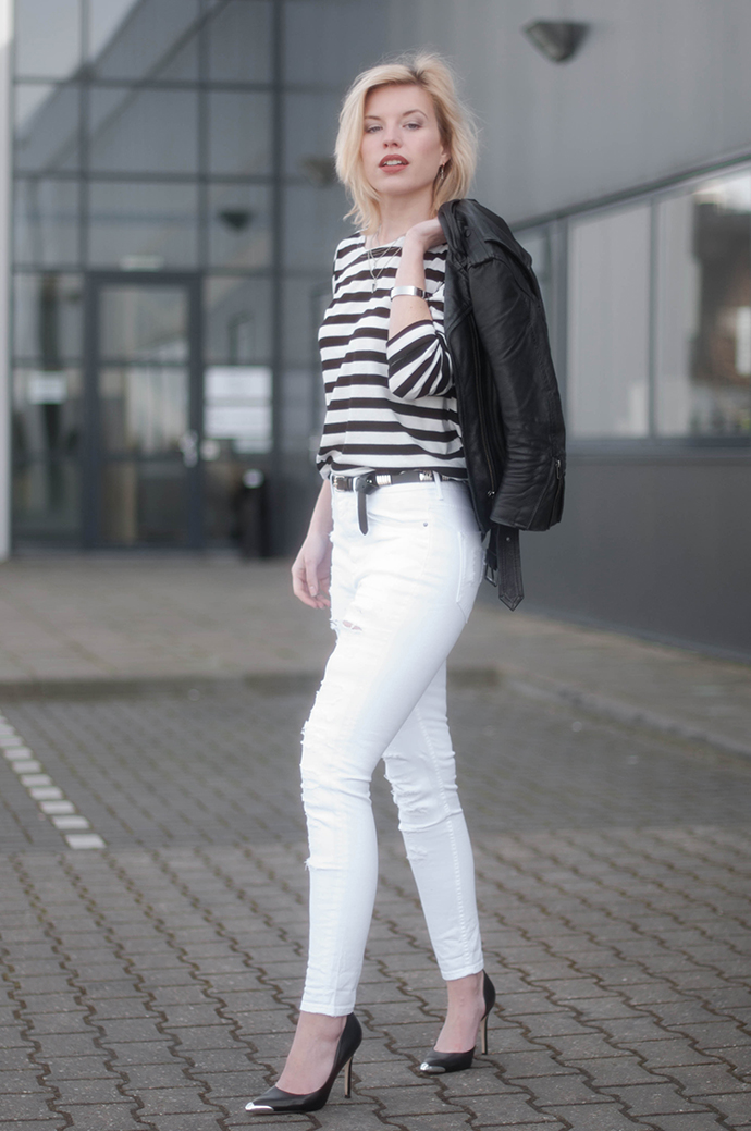 RED REIDING HOOD: Fashion blogger wearing high waisted ripped denim high tall white jeans striped top leather biker jacket outfit