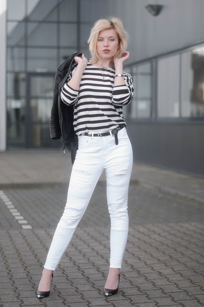 RED REIDING HOOD: Fashion blogger wearing black leather biker jacket striped top high ripped jeans high waisted denim H&M guess pumps outfit