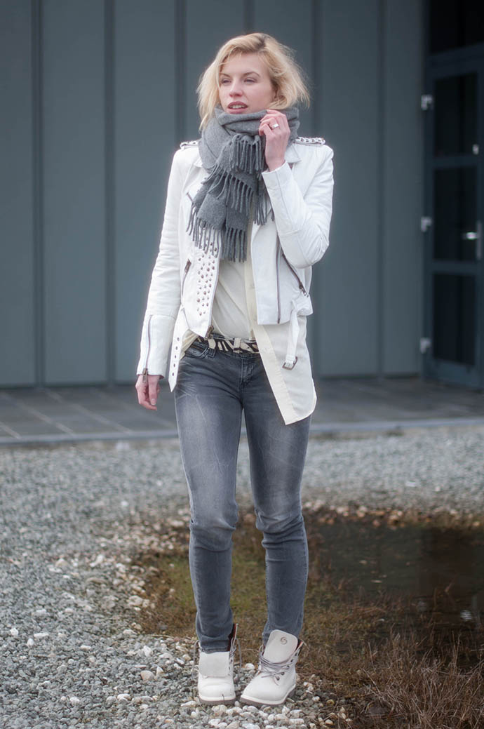 RED REIDING HOOD: Fashion blogger wearing mission blue leather jacket acne canada wool scarf grey jeans white worker boots