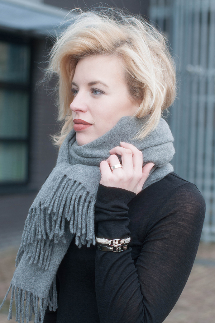 RED REIDING HOOD: Fashion blogger wearing acne studios canada wool scarf outfit details bandhu bracelets