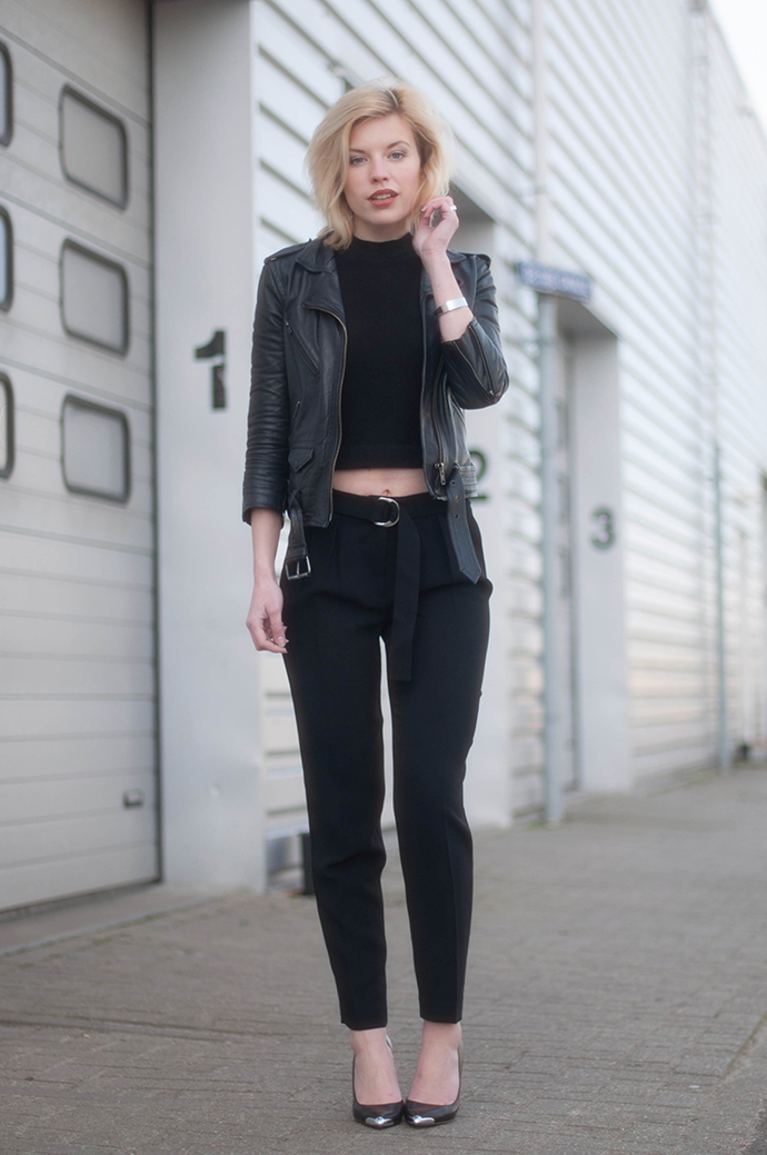 RED REIDING HOOD: Fashion blogger wearing tie waist suit pants high waisted mango rib turtleneck crop top forever 21 leather biker jacket outfit