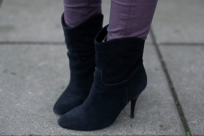RED REIDING HOOD: Fashion blogger wearing mango suede ankle boots cowboy western shoes outfit details
