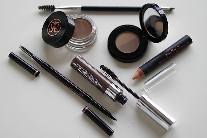 RED REIDING HOOD: Beauty blogger Anastasia Beverly Hills brow ABH brows dipbrow pomade brow gel brow wiz powder duo pro pencil