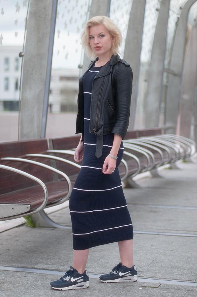 RED REIDING HOOD: Fashion blogger wearing nike air max sneakers rib midi dress mango premium outfit leather jacket