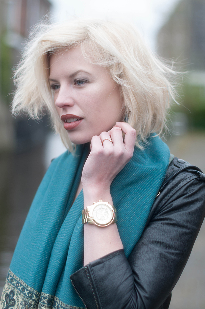 RED REIDING HOOD: Fashion blogger wearing gold michael kors watch outfit details leather jacket