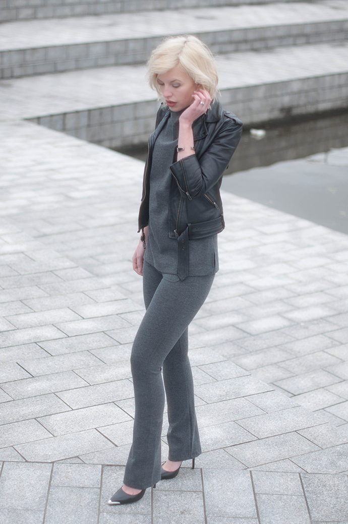RED REIDING HOOD: Fashion blogger wearing jersey suit flared trousers leather jacket outfit