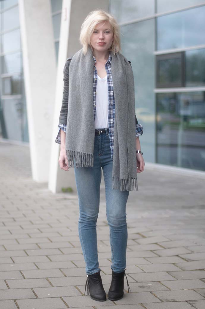 RED REIDING HOOD: Fashion blogger wearing H&M high waisted jeans outfit leather jacket acne studios canada wool scarf
