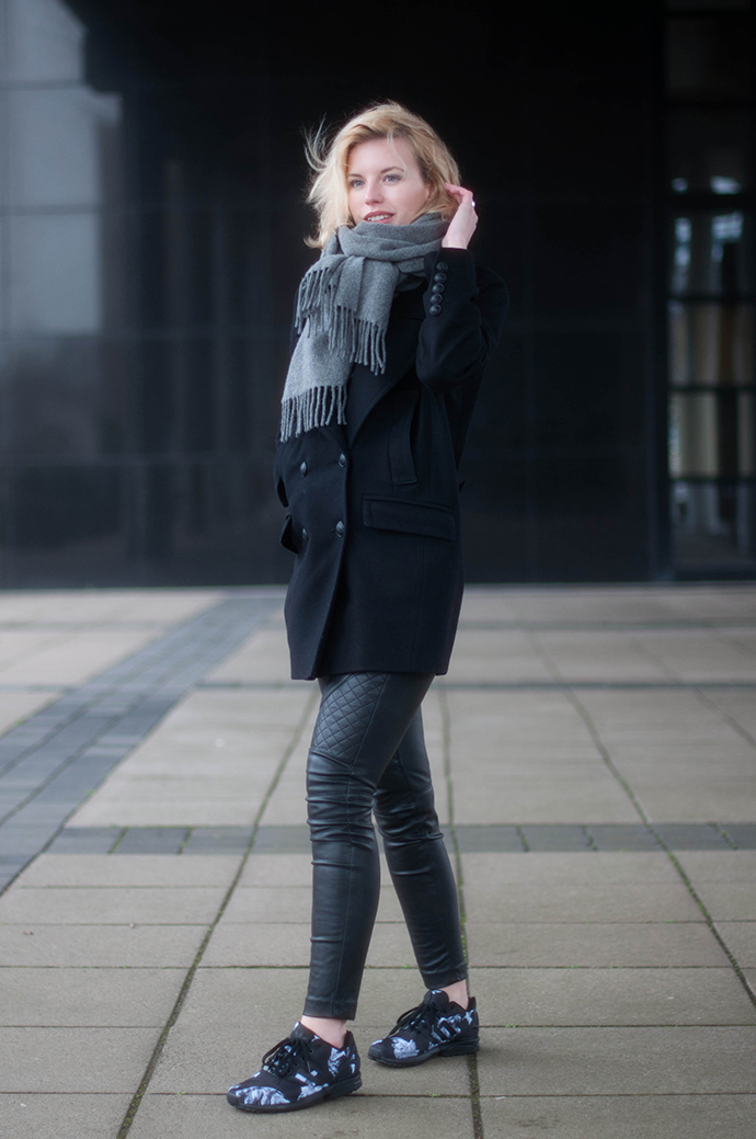 RED REIDING HOOD: Fashion blogger wearing Adidas ZX flux sneakers all black everything outfit acne canada wool scarf