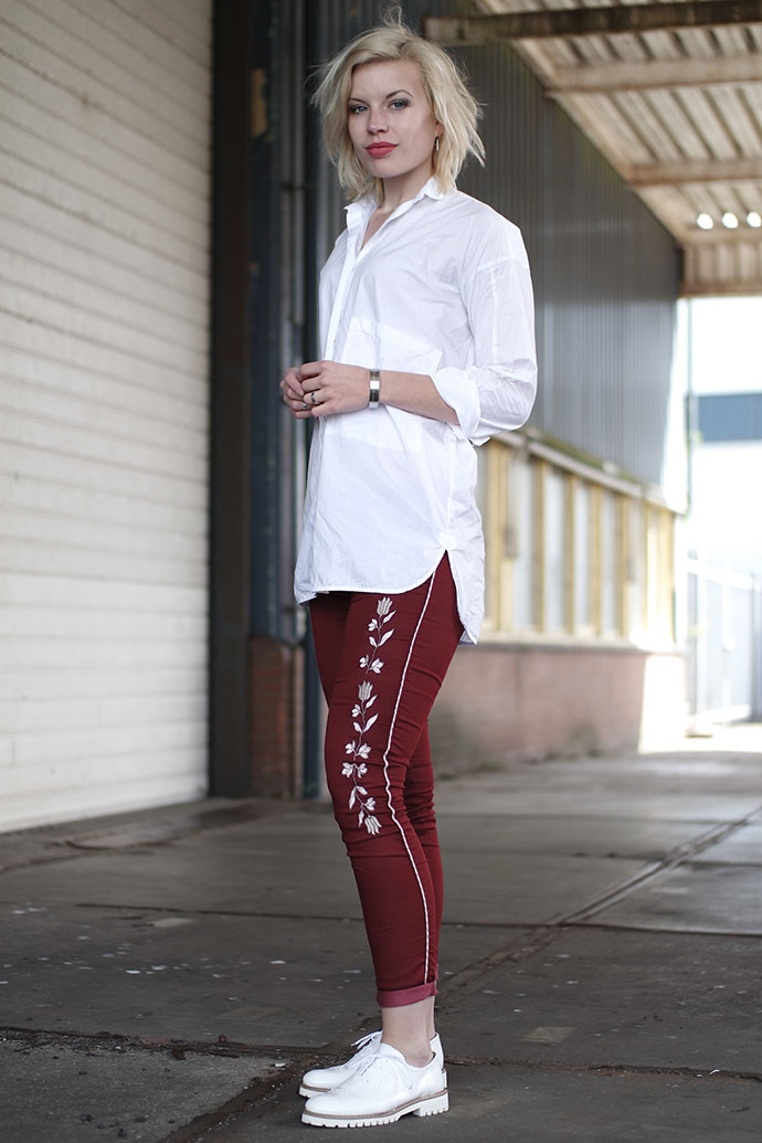 RED REIDING HOOD: Fashion blogger wearing embroidered pants Isabel Marant trousers white brogues loafers outfit