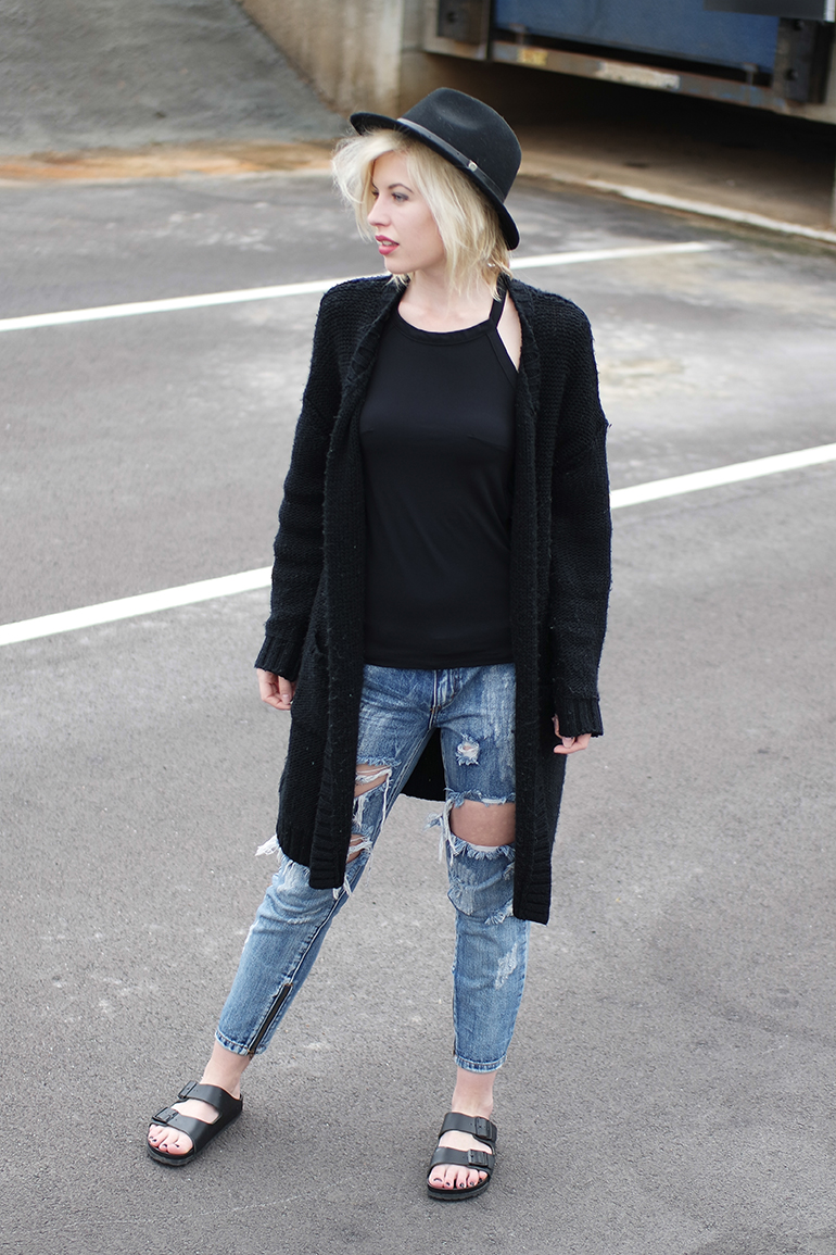 RED REIDING HOOD: Fashion blogger wearing One Teaspoon trashed freebird jeans onepiece cardigan birkenstock monterey sandals outfit