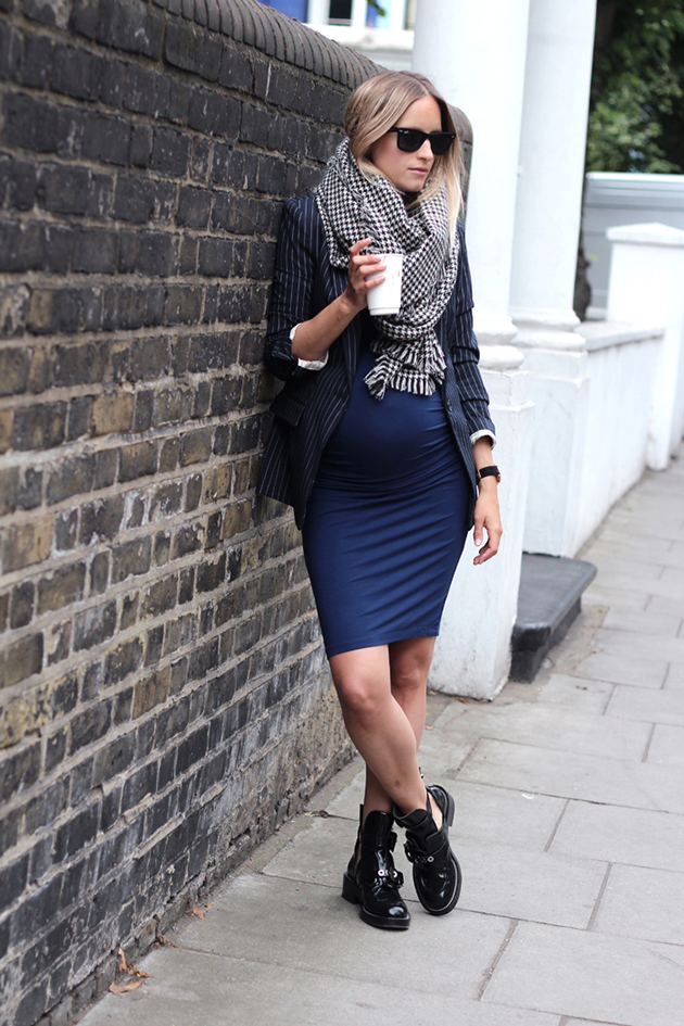 RED REIDING HOOD: Fashion blogger charlotte groeneveld the fashion guitar pregnant outfit maternity wear inspirationn