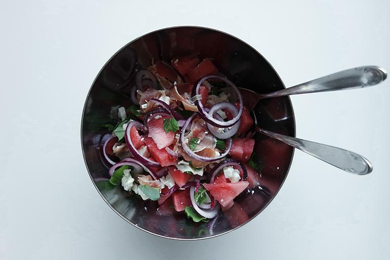 RED REIDING HOOD: FOOD BLOGGER RECIPE WATERMELON SALAD WITH RED ONION, SERRANO HAM, FETA, MINT & BASIL