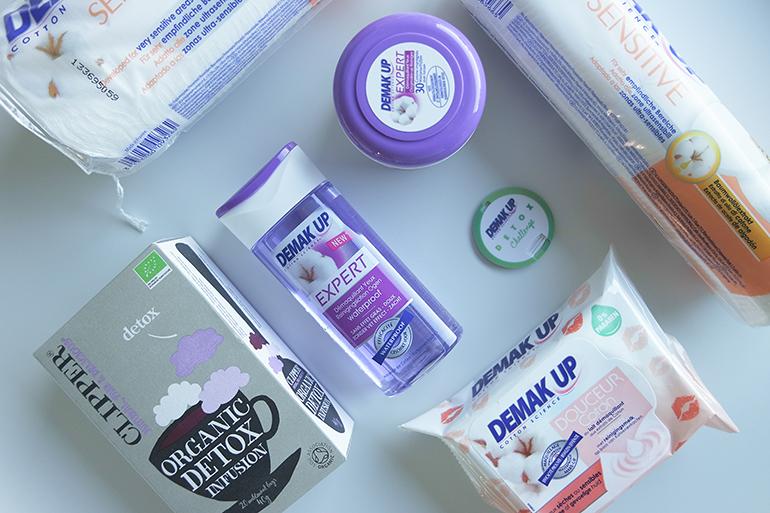 RED REIDING HOOD: Beauty blogger Demake'Up Detox Challenge box