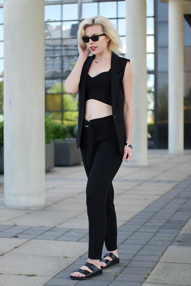 RED REIDING HOOD: Fashion blogger wearing mango suit pants sleeveless blazer birkenstock montery outfit
