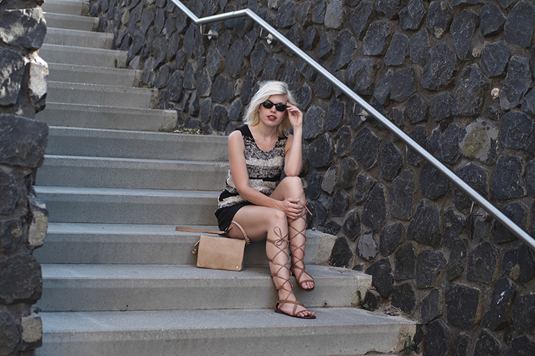 RED REIDING HOOD: Fashion blogger wearing leather gladiator sandals roman lace up shoes mango top outfit