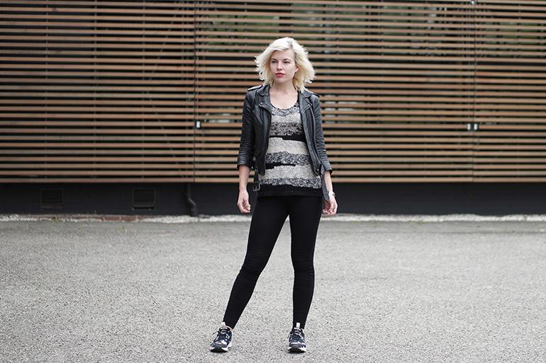 RED REIDING HOOD: Fashion blogger wearing mango knit top reebok furylite sr sneakers leather jacket outfit