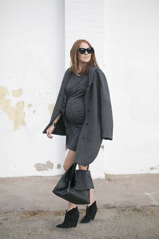RED REIDING HOOD: Pregnant fashion blogger could i have that outfit wrap dress maternity look