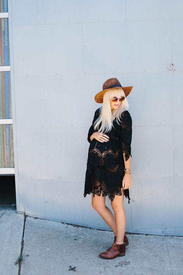 RED REIDING HOOD: Pregnant fashion blogger kelli murray wearing lace crochet dress maternity outfit