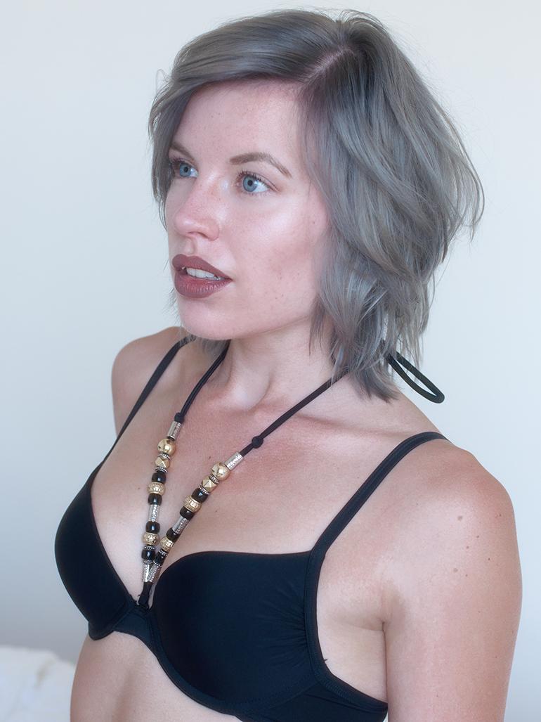RED REIDING HOOD: Fashion blogger wearing Hunkemöller bikini top ketting