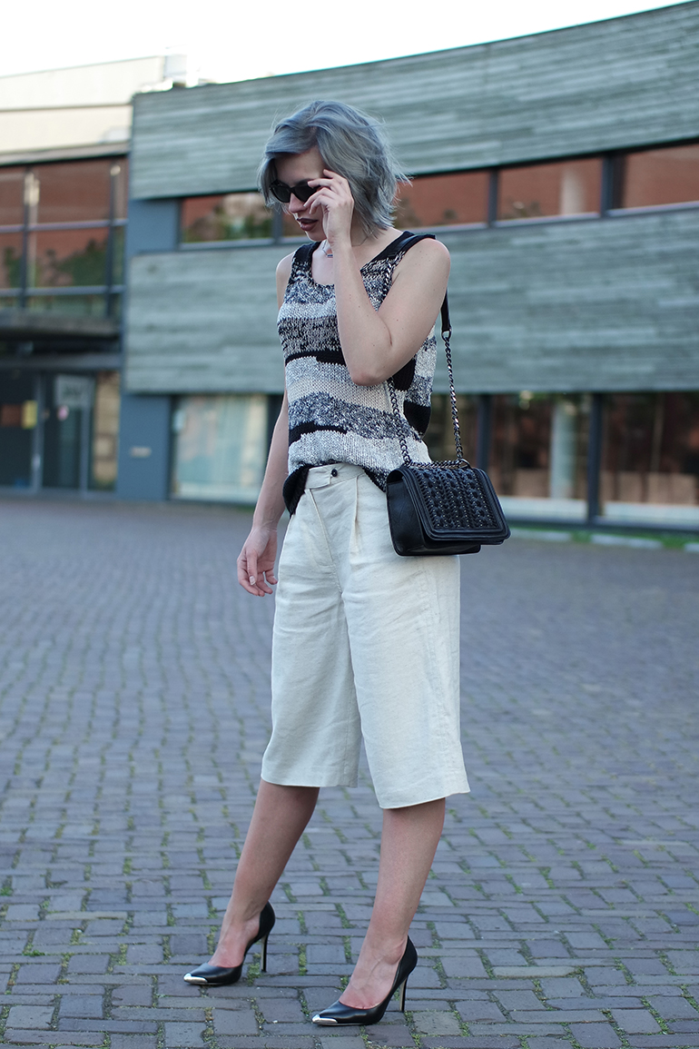 RED REIDING HOOD: Fashion blogger wearing linen culottes mango premium knit top chanel boy bag zara outfit