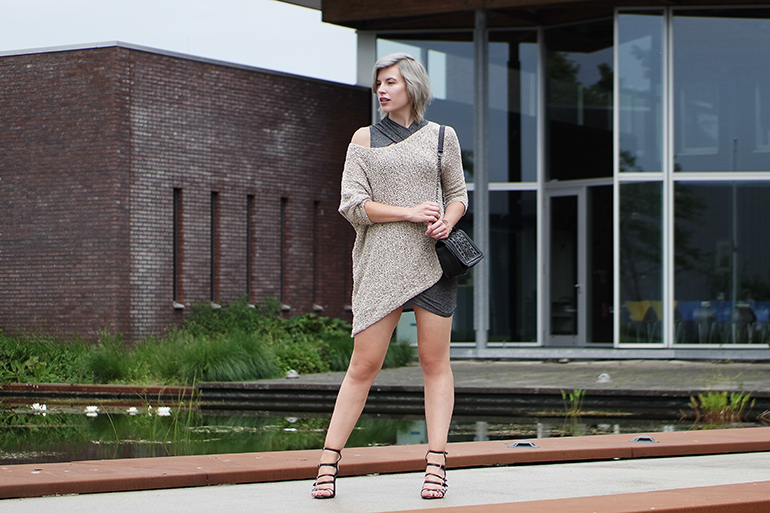 RED REIDING HOOD: Fashion blogger wearing off the shoulder oversized jumper wrap dress outfit