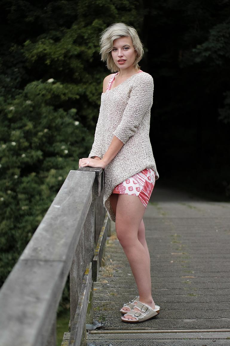 RED REIDING HOOD: Fashion blogger wearing shearling lined birkenstocks furkenstocks off shoulder jumper zara dress outfit
