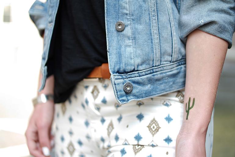 RED REIDING HOOD: Denim jacket outfit details cactus tattoo montattoo fake flash tattoo ink