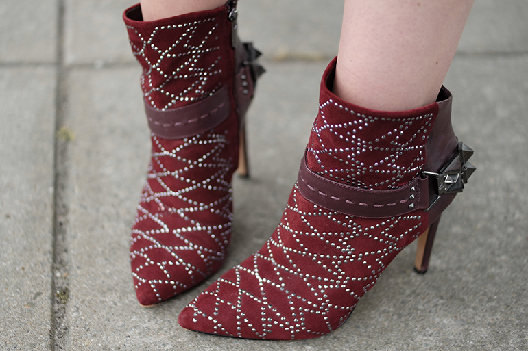 RED REIDING HOOD: Fashion blogger wearing Sam Edelman mila ankle boots burgundy oxblood shoes isabel marant outfit details