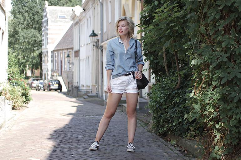 RED REIDING HOOD: Fashion blogger wearing high waist denim shorts ripped  jeans denim shirt outfit