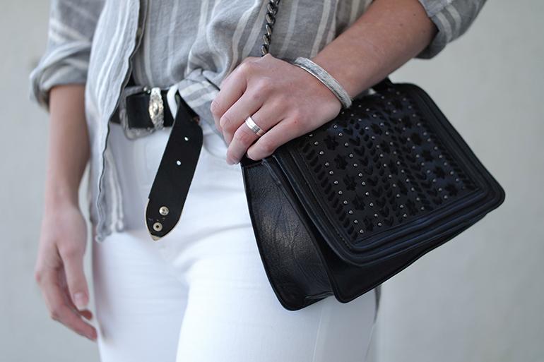RED REIDING HOOD: Fashion blogger wearing zara chain bag chanel boy bag outfit details western cowboy belt