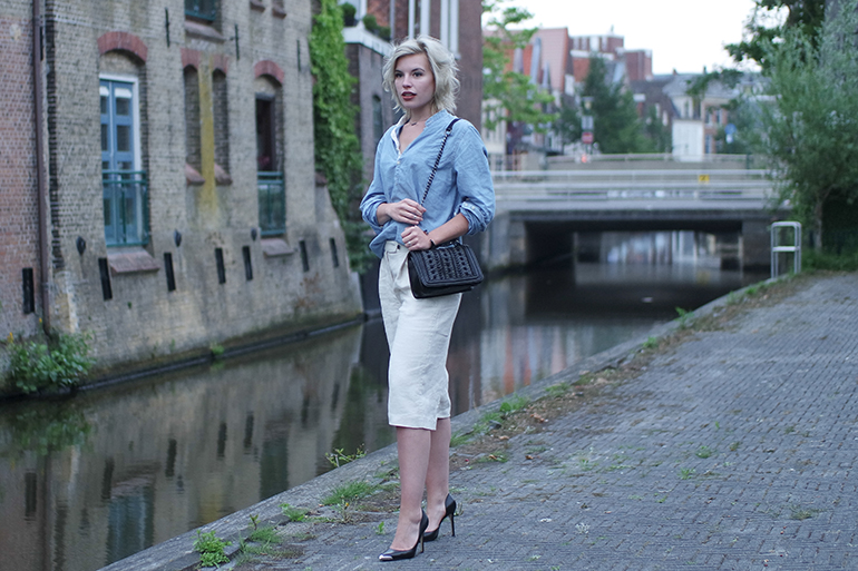 RED REIDING HOOD: Fashion blogger wearing chambray shirt outfit linen culottes mango zara chain bag outfit